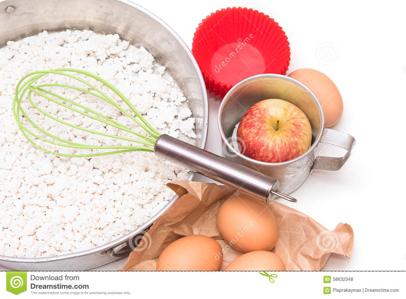 Ingredients and tools to make a cake flour apple and for What are the ingredients to make a cake