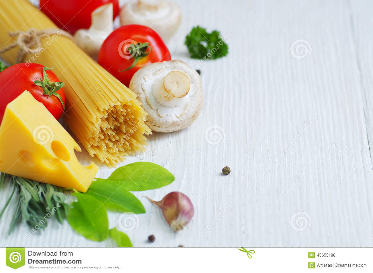 Ingredients of traditional italian cuisine stock photo for Cuisine italienne