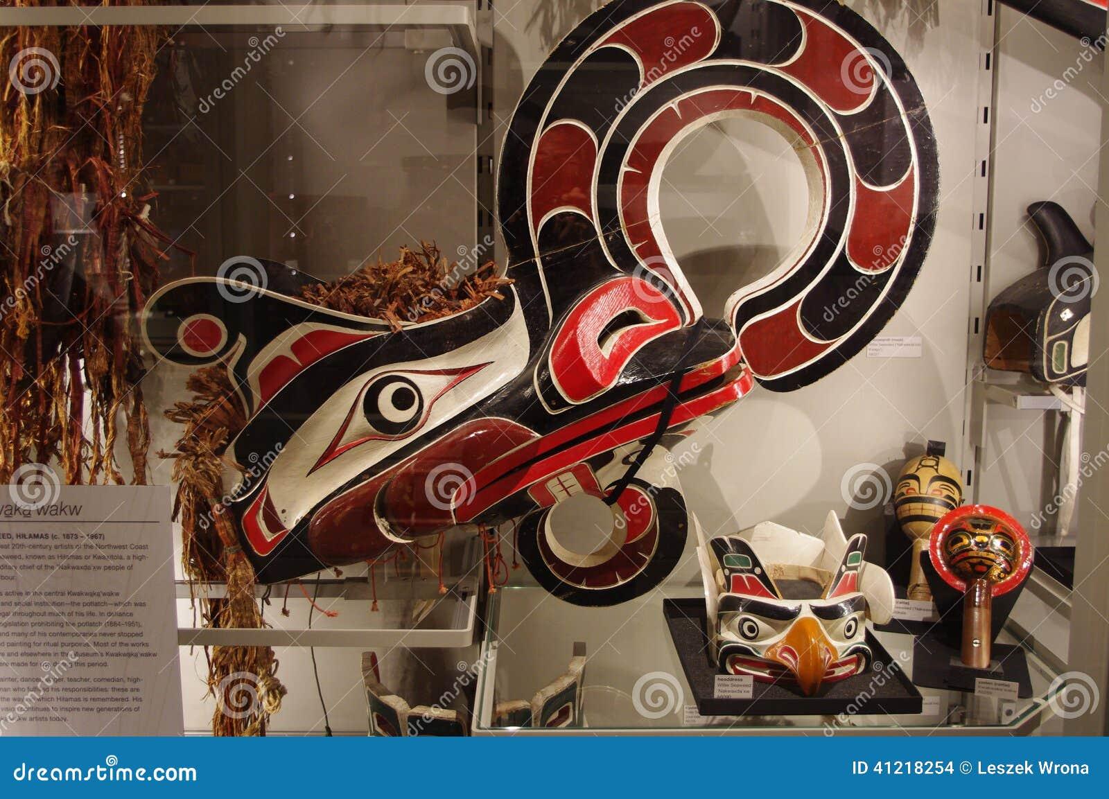 Inheemse kunstvertoning bij Museum van Antropologie