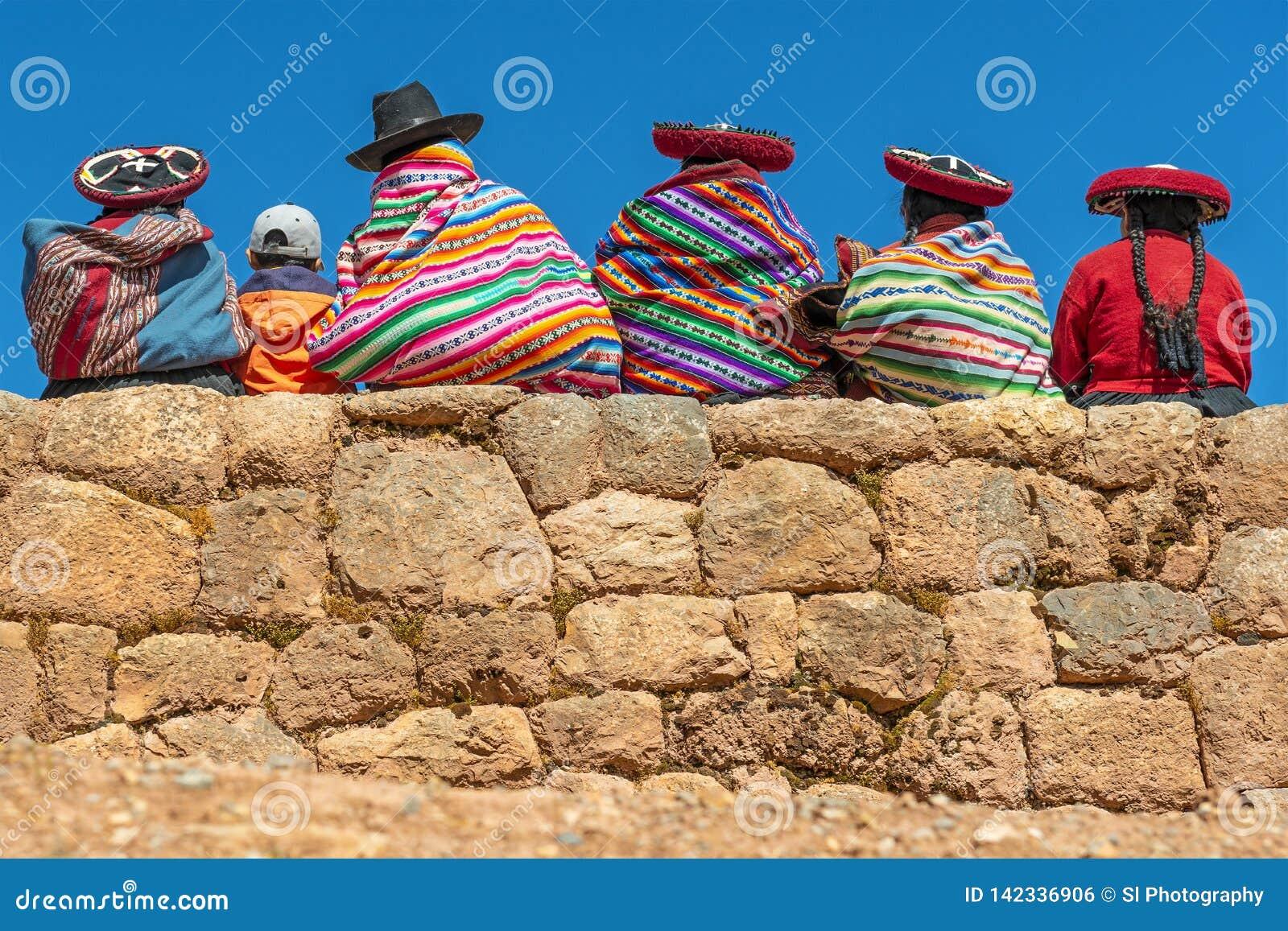 Inheemse Quechua Vrouwen in Chinchero, Peru