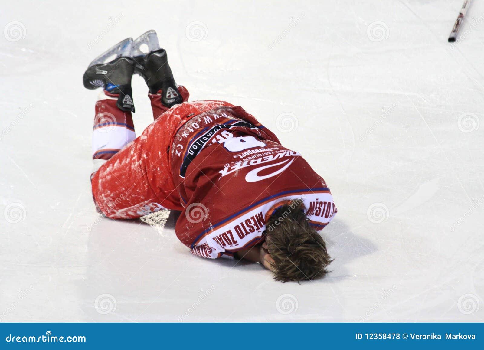 injury ice hockey player editorial stock photo image of vector field hockey stick ccm vector hockey stick