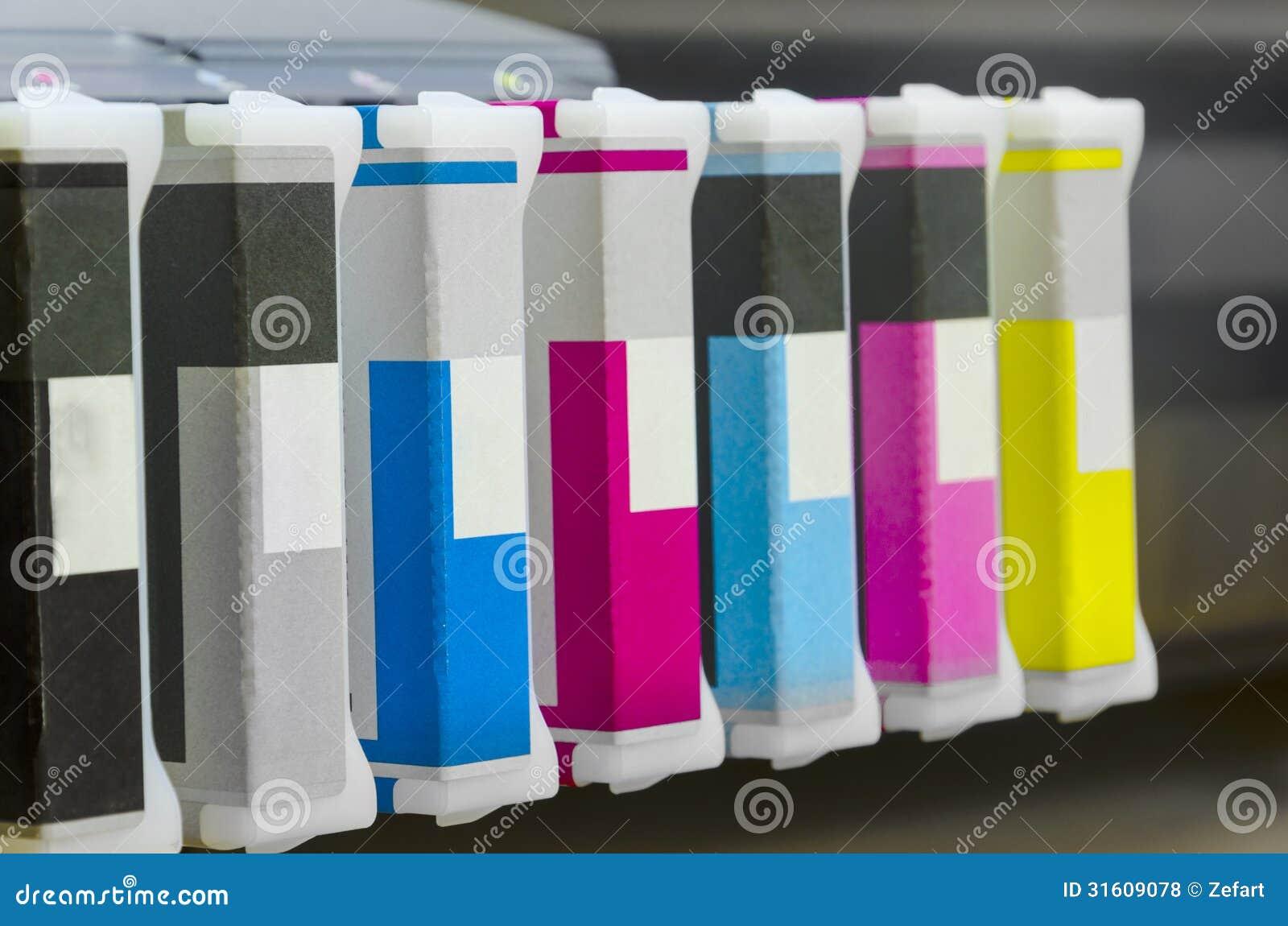 Inkjet-de basiskleuren van de printerpatroon, cyaan, zwarte magenda, geel,