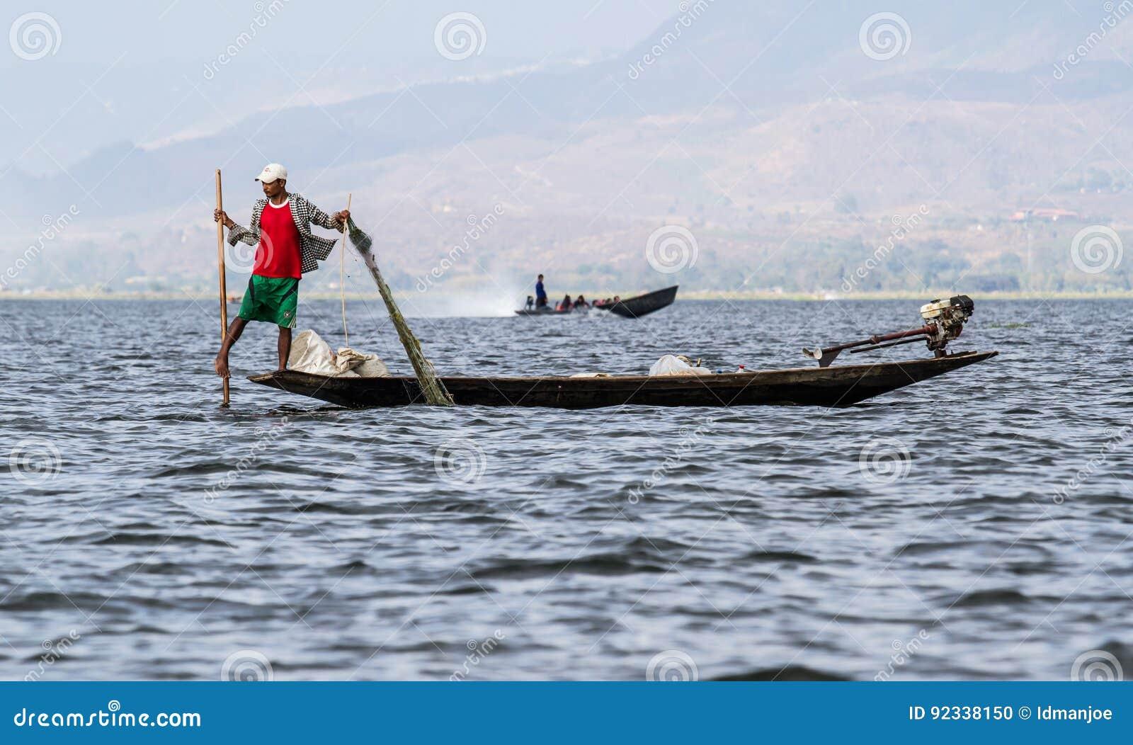 Inle Lake Life 3 Editorial Photo - Image: 10702261