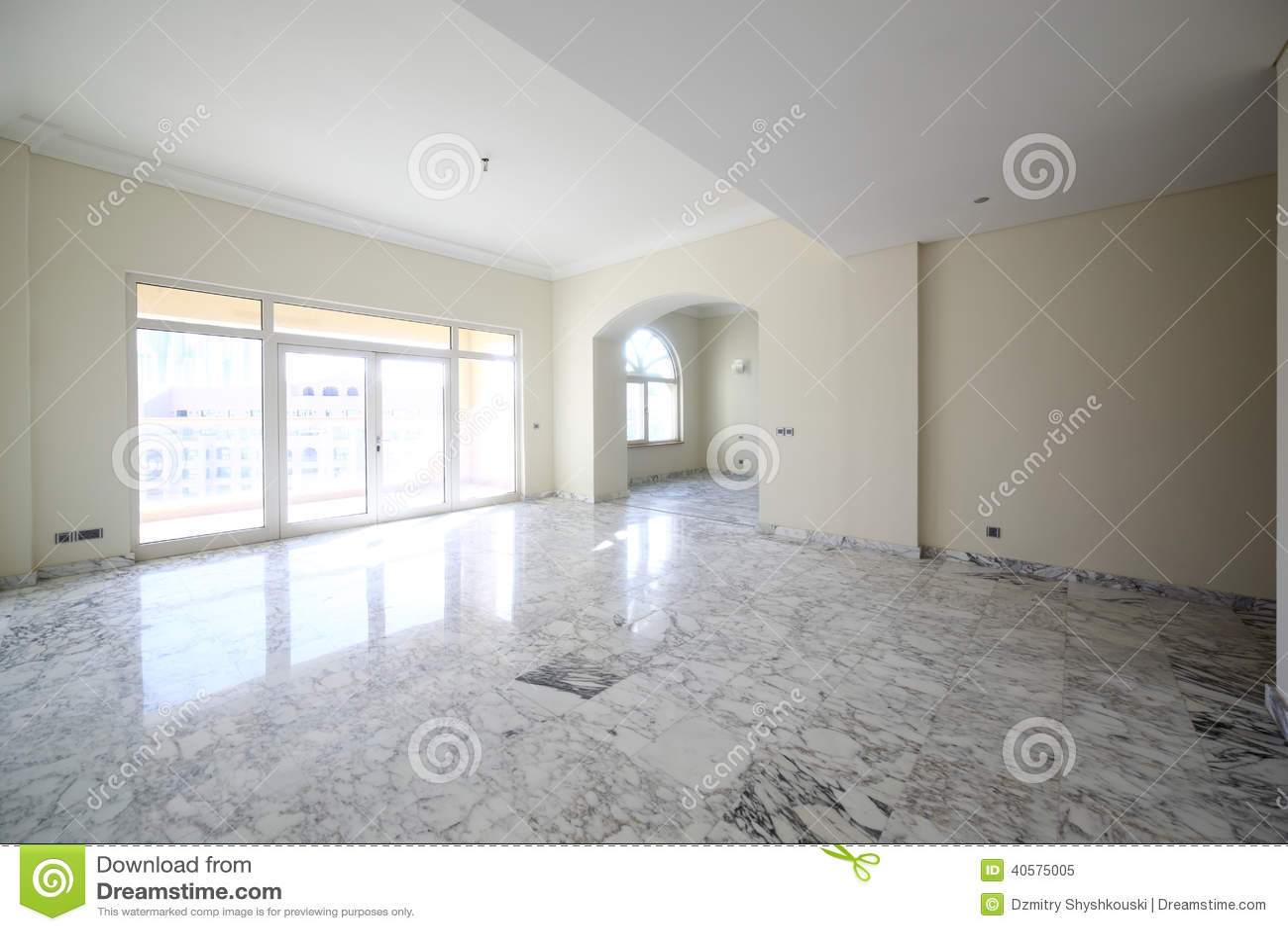 95427fcca0fa12 Innenraum Des Hellen Leeren Raumes Stockbild - Bild von groß, haupt ...