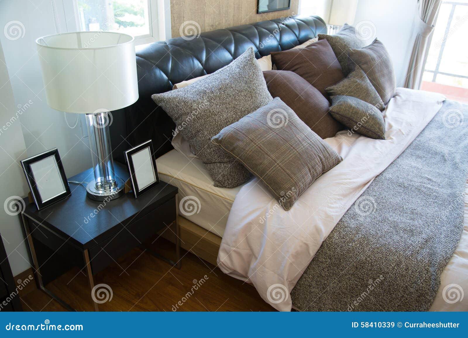 Download Innenraum Des Modernen Raumes Oder Des Bettraumes, Klassisches  Luxusschlafzimmer Mit Dekoration, Modernes Schlafzimmer