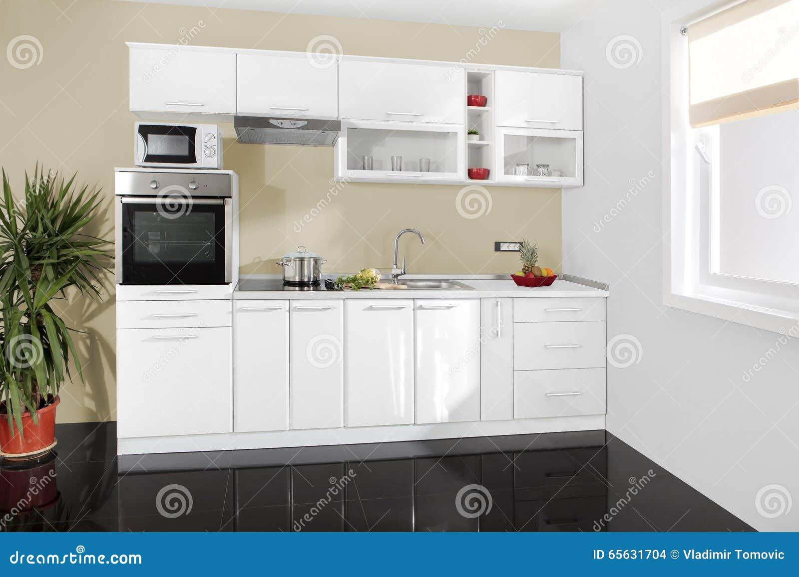 Küche Sauber | Innenraum Einer Modernen Kuche Holzerne Mobel Einfach Und Sauber