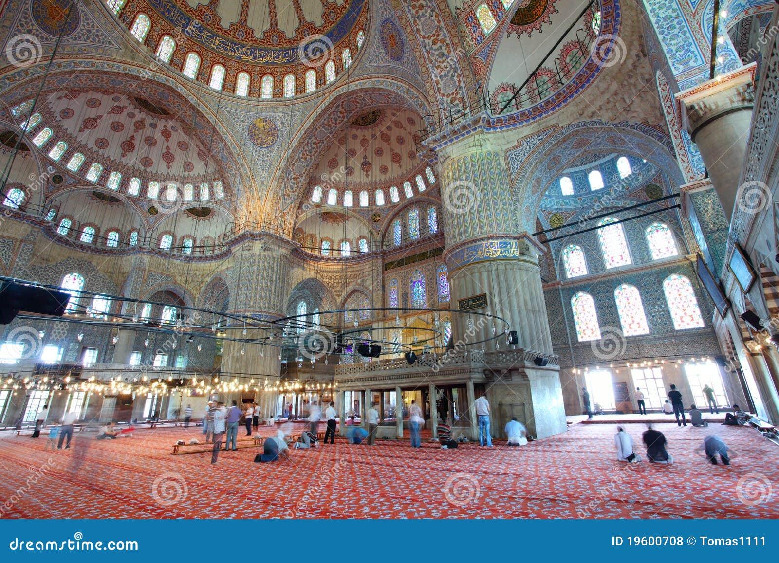 Innerhalb der islamischen blauen Moschee in Istanbul