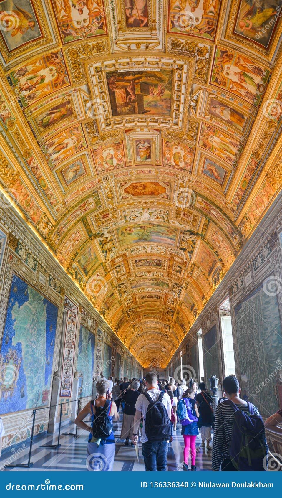 Innerhalb der Vatikan-Museen