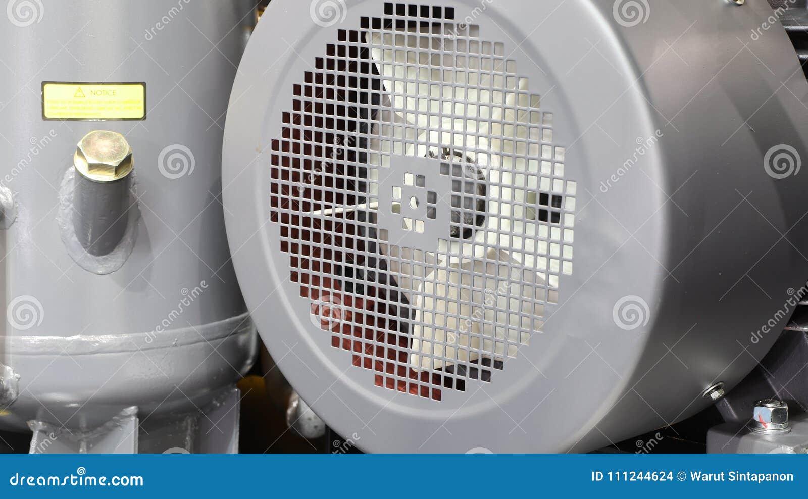 Innerhalb des industriellen Luftkompressors