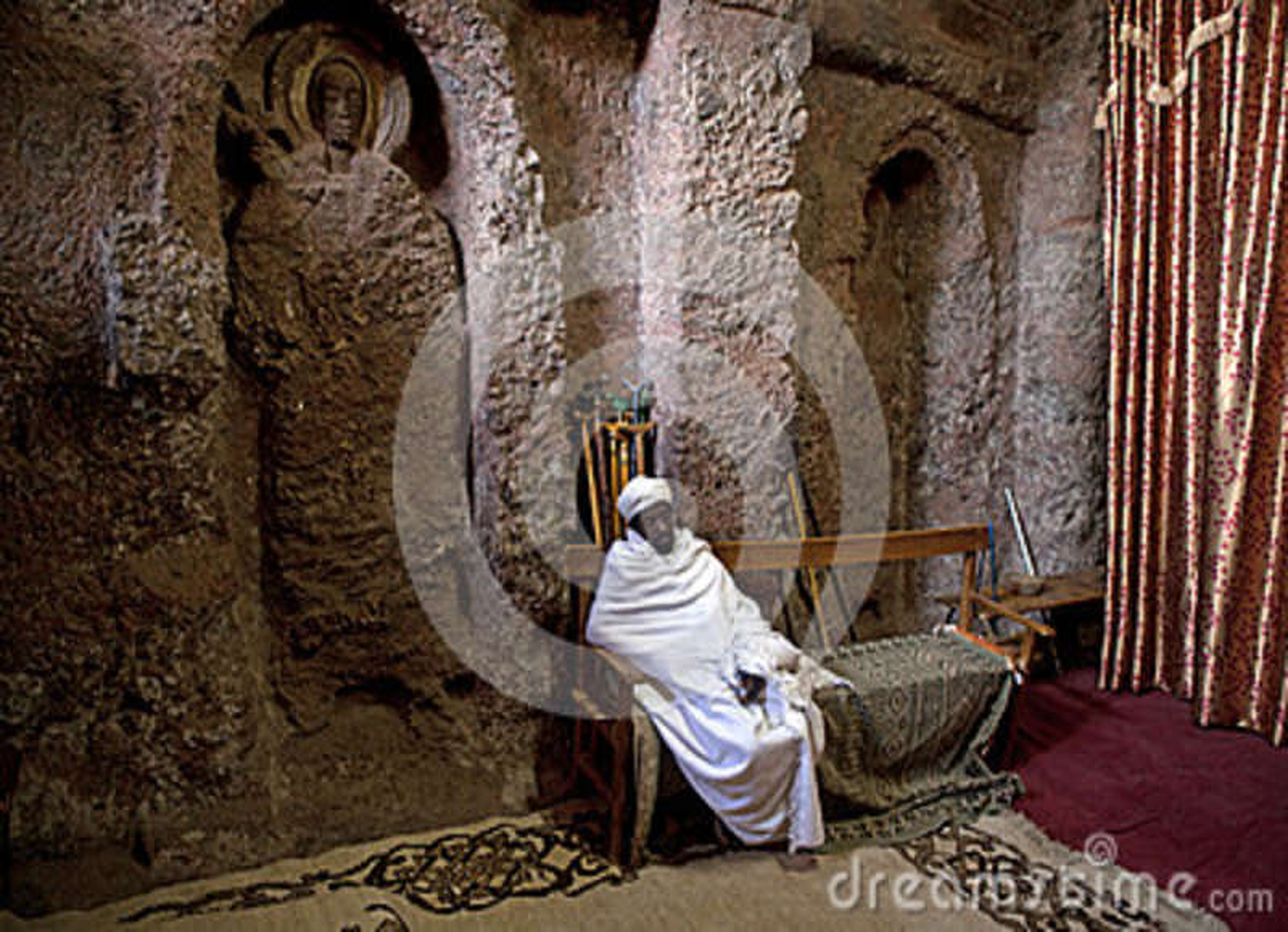 Innerhalb einer monolithischen Kirche Lalibela