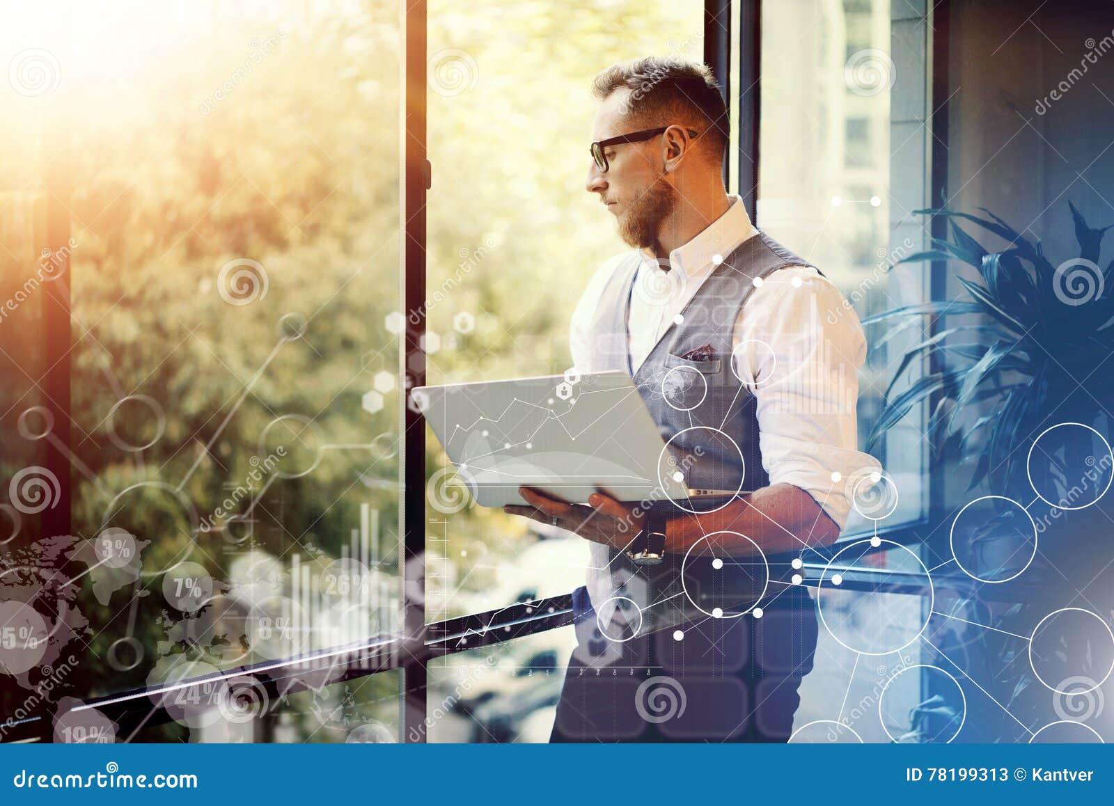 Innovations virtuelles Reserch d interface de graphique de diagramme d icône de stratégie globale de concept Homme d affaires bar