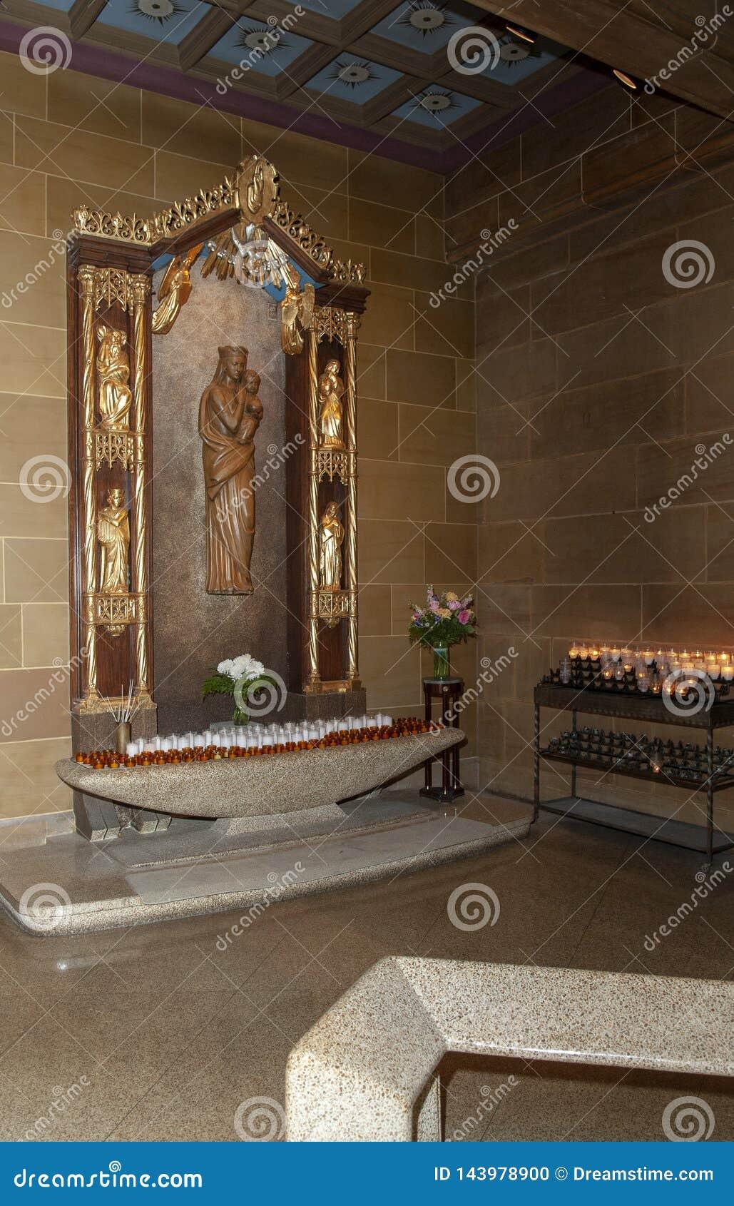 Inom av en härlig bön för katolsk kyrka att förändra sig