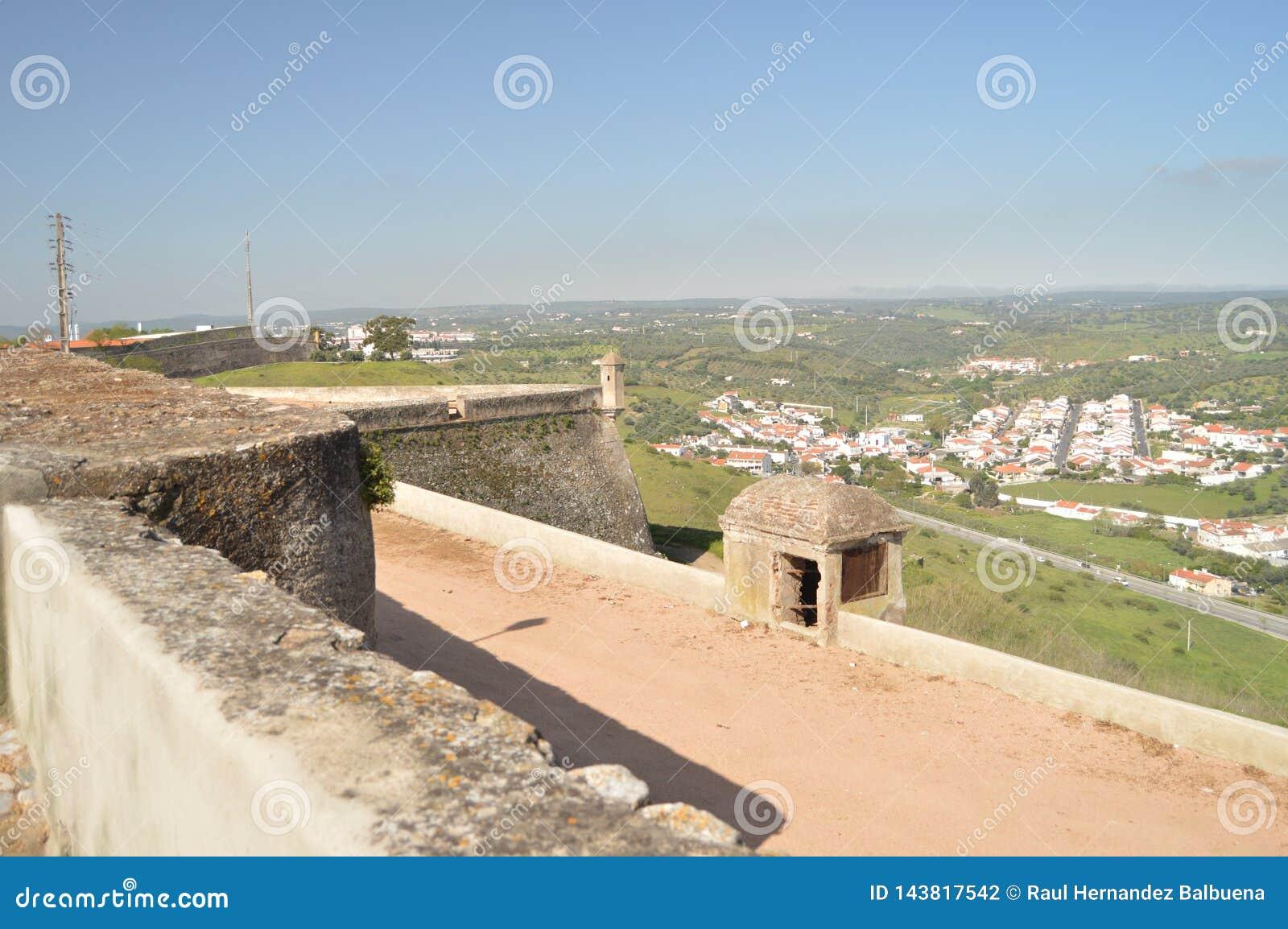 Inom väggen av fortet av vår dam Of Grace In Elvas Natur arkitektur, historia, gatafotografi April 11, 2014 Elvas