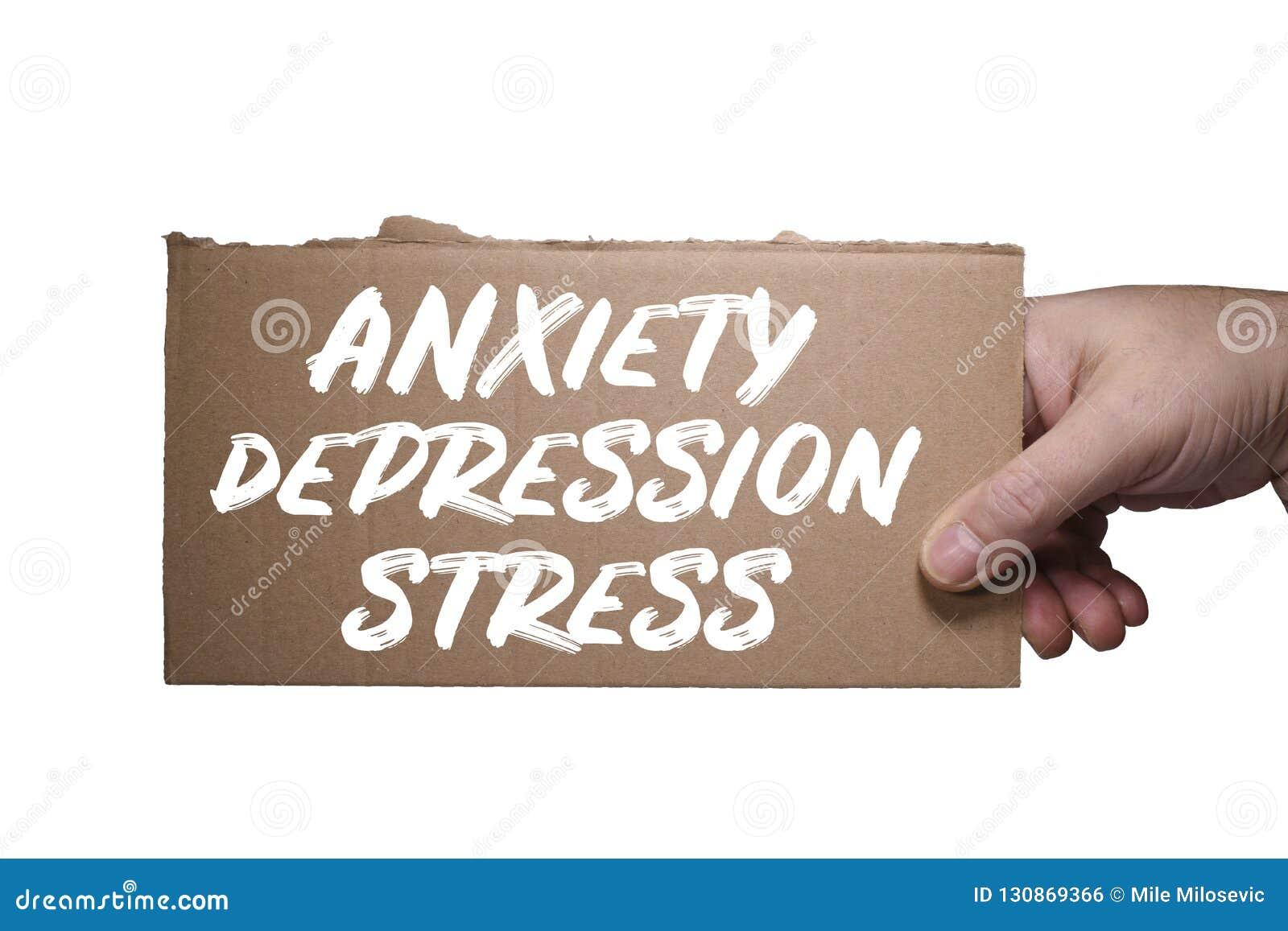 Inquiétude, dépression et effort de Word écrits sur le carton Chemin de coupure