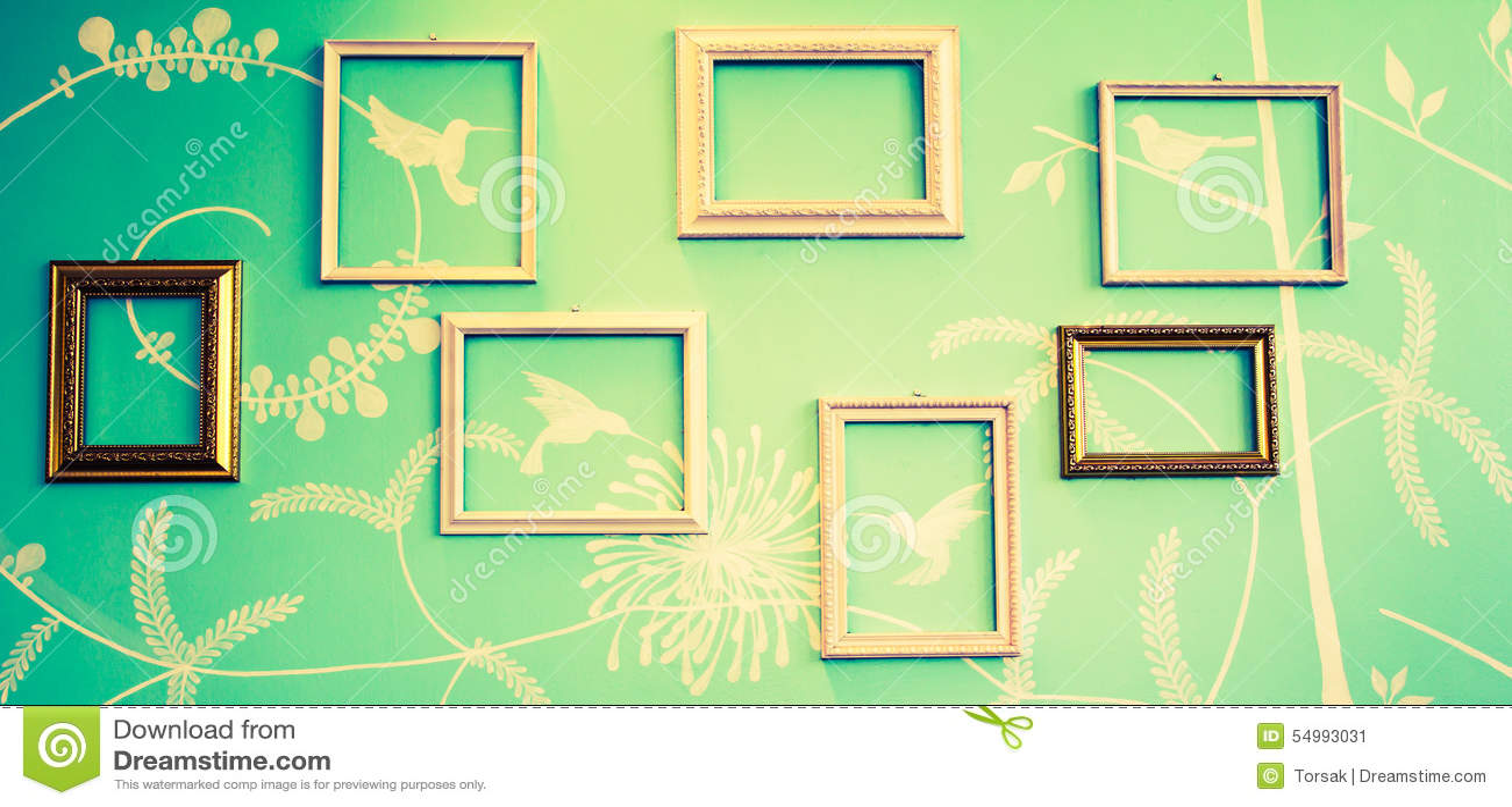 Inramar på väggen