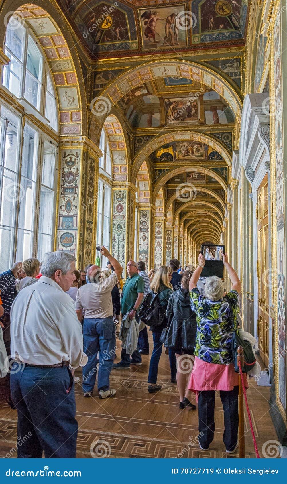 Inre av Raphael-loggior, statligt eremitboningmuseum