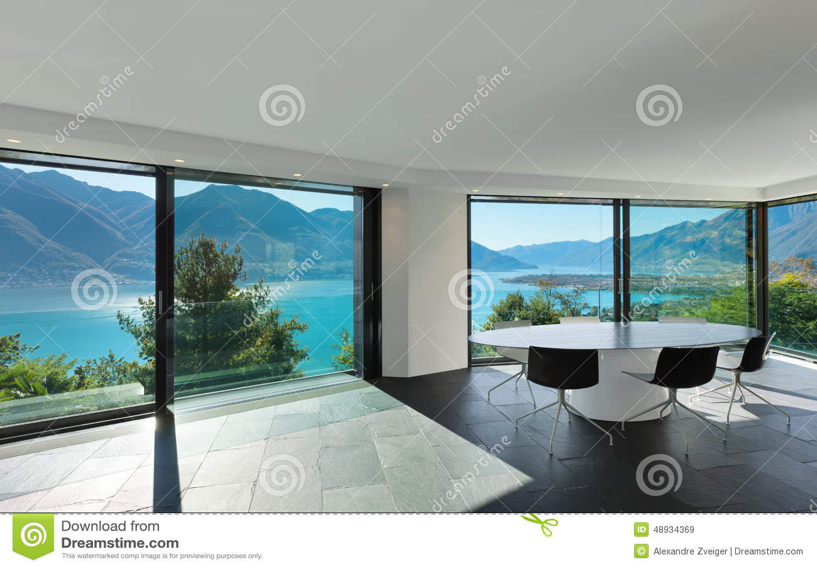 Inre modernt hus, matsal arkivfoto   bild: 48934369