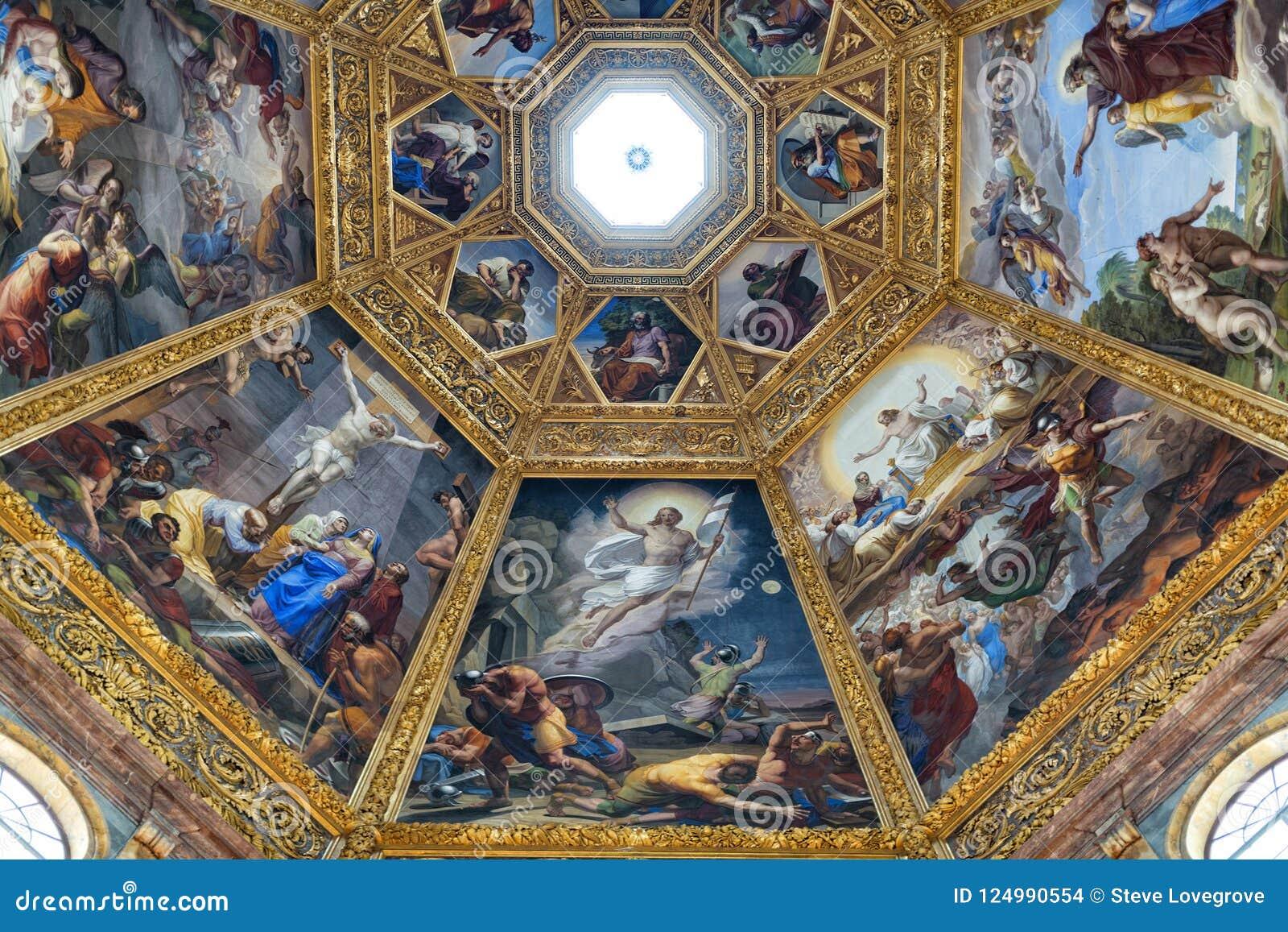 Inre sikt av det Medici kapellet