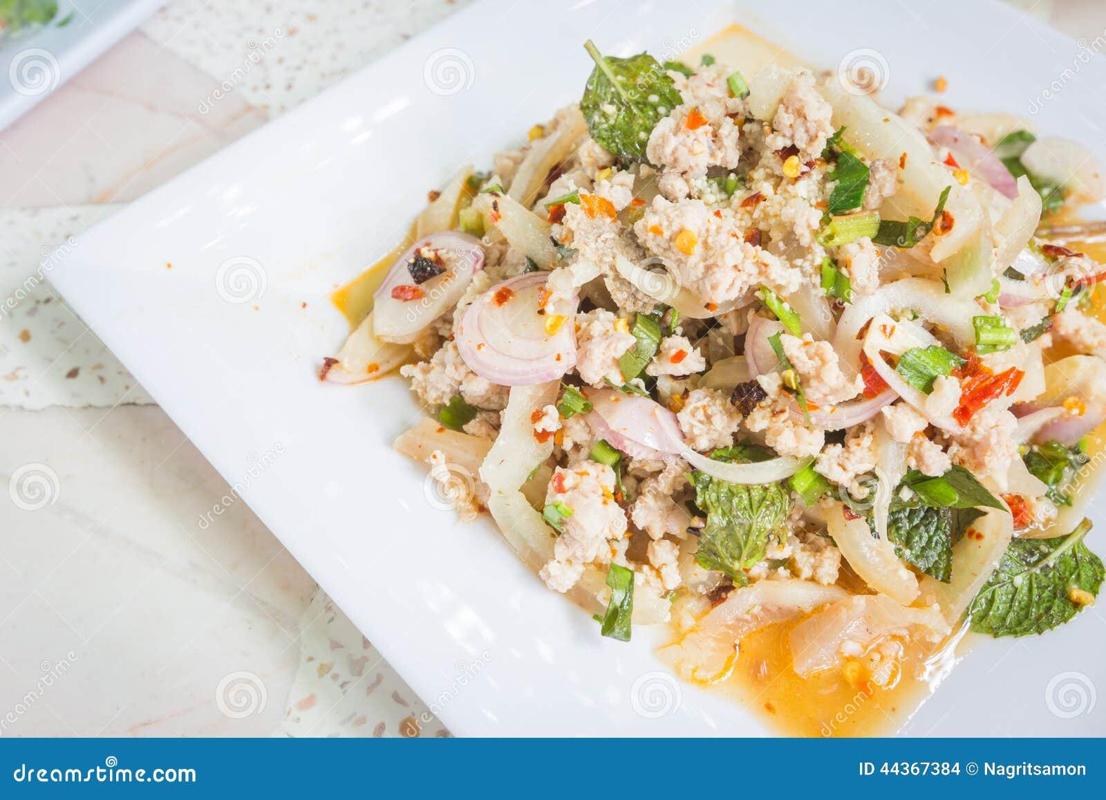 Insalata tritata piccante della carne di maiale, alimento tailandese