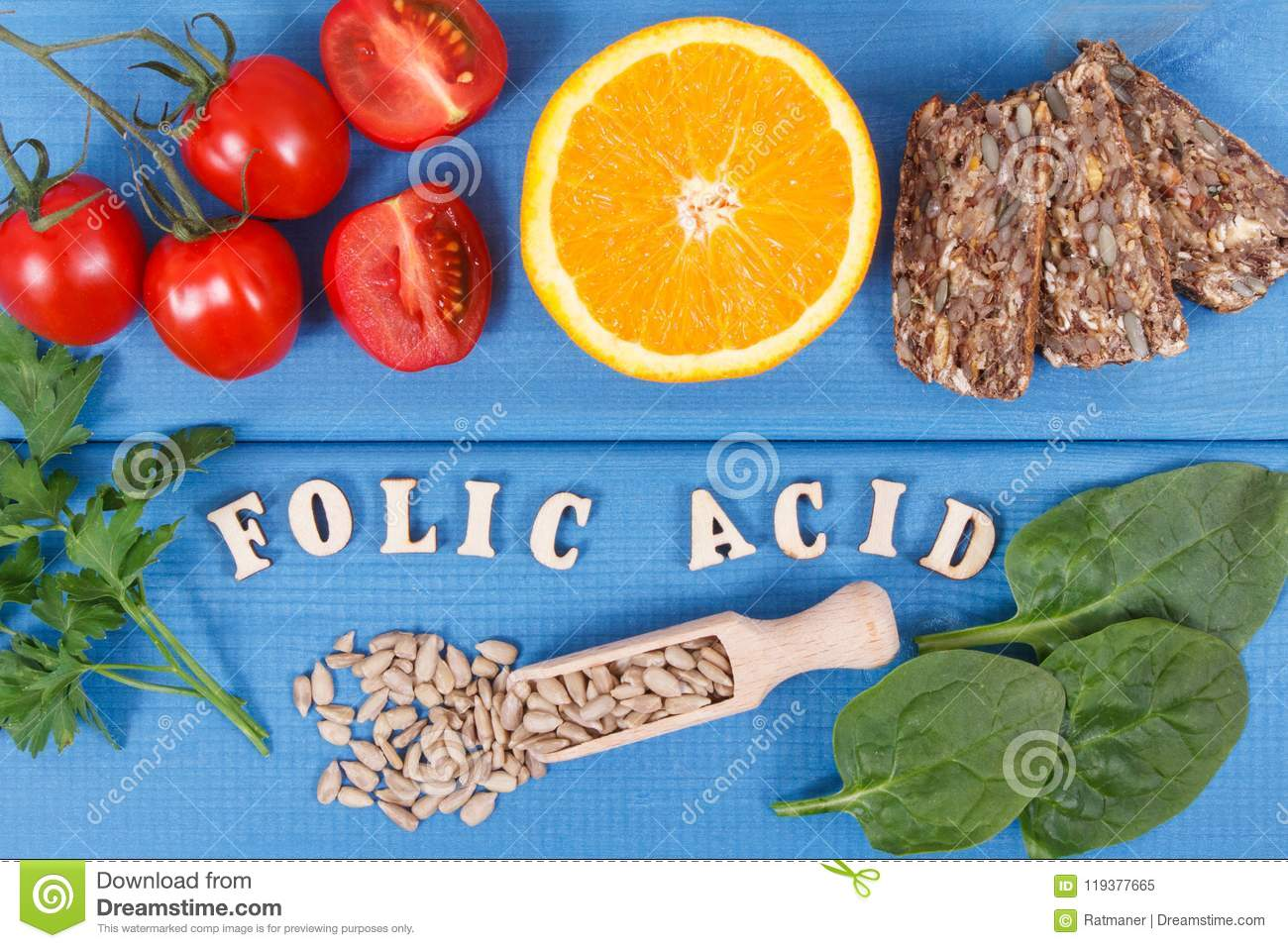 Inscription folic acid with healthy nutritious food as source minerals, vitamin B9 and dietary fiber