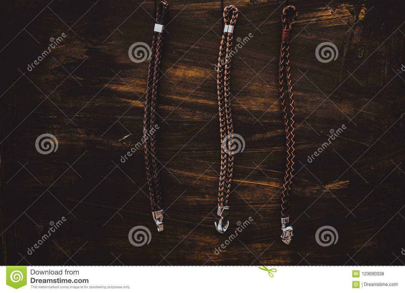 Insegna rustica di legno di modo dei braccialetti degli uomini della spiaggia nautica del catalogo
