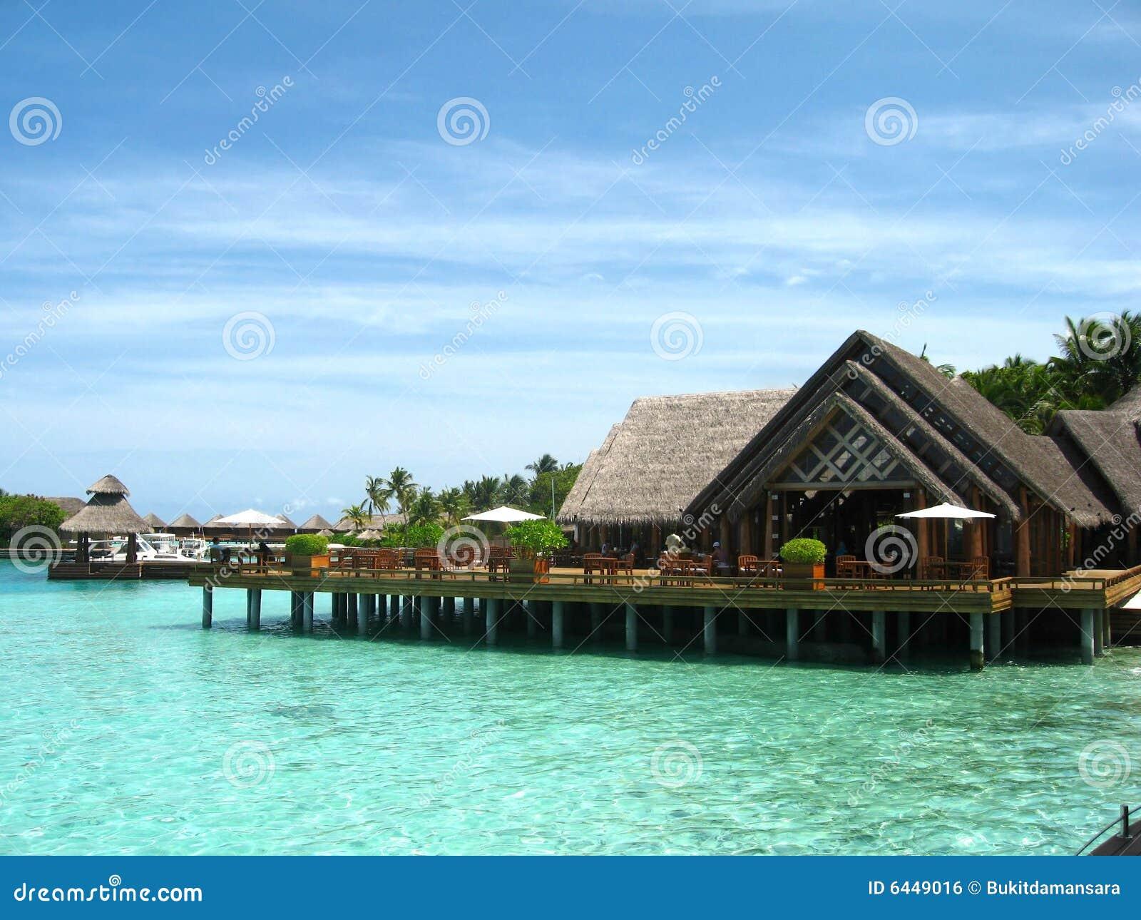 insel strand haus in maldives stockfoto bild von k ste. Black Bedroom Furniture Sets. Home Design Ideas