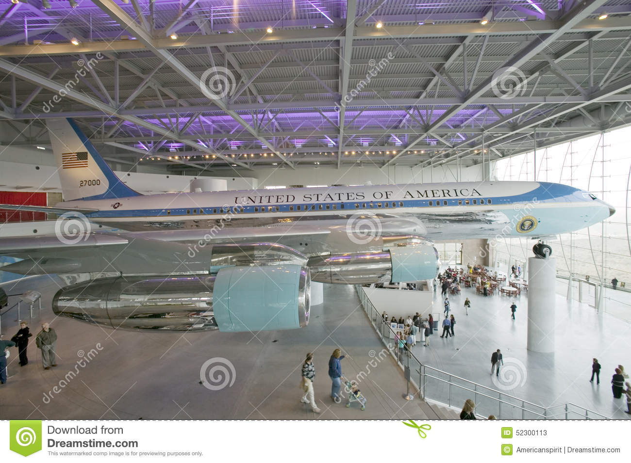 Inside the air force one pavilion at the ronald reagan for Force interieur