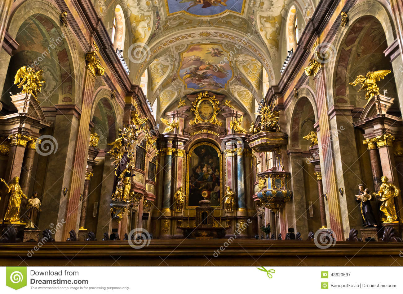 Inside anna 39 s kirche beautiful small baroque church at for Interieur baroque