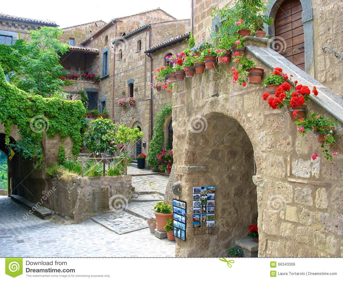 inside civita di bagnoregio view inner town amazing ancient town located lazio italy 66343306
