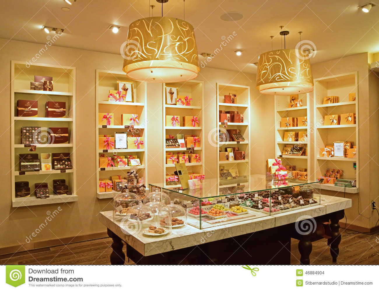 Inside Govida Fifth Avenue Shop Editorial Stock Image
