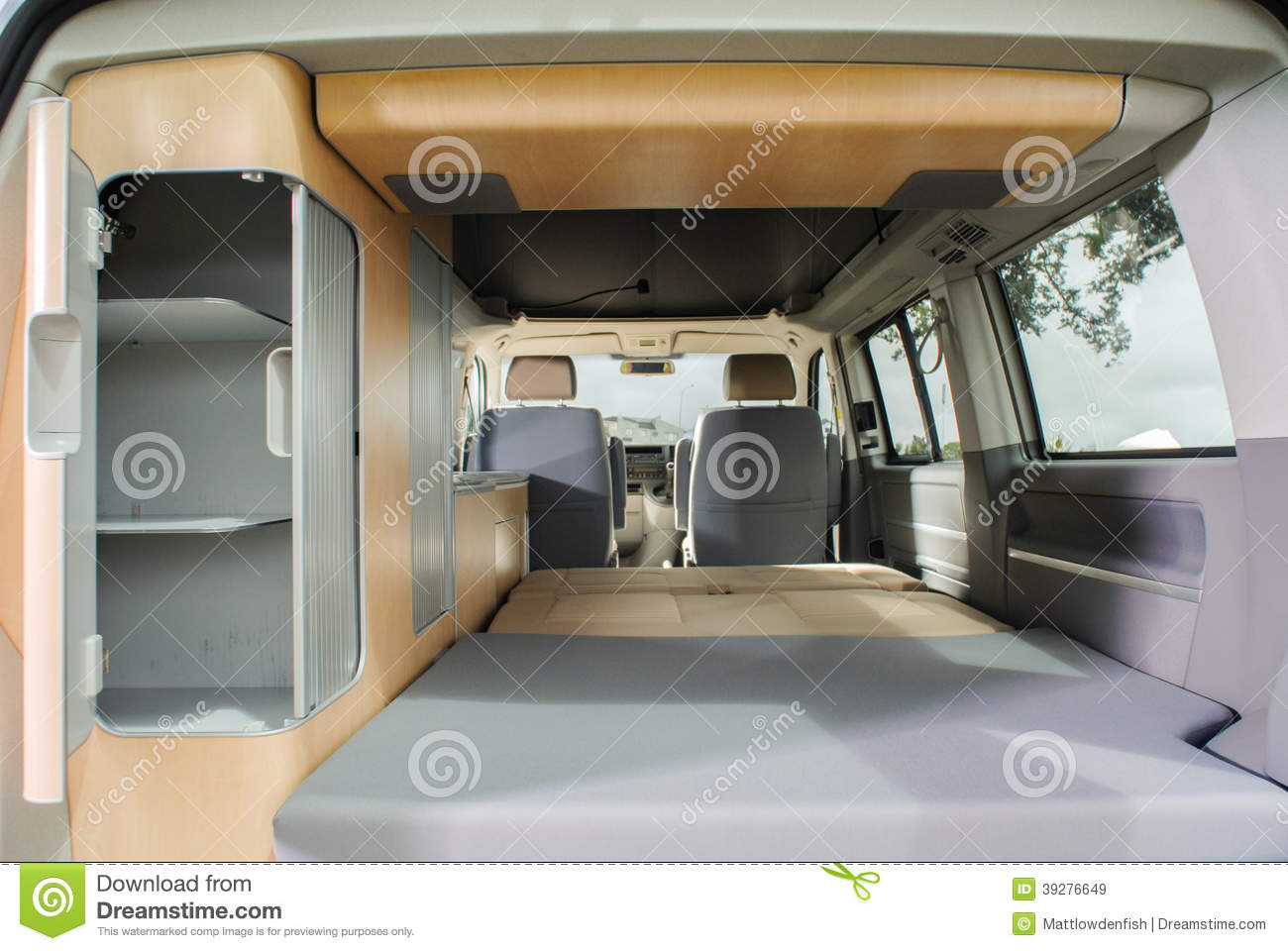 Inside a modern campervan stock photo image 39276649 for Interieur camping car