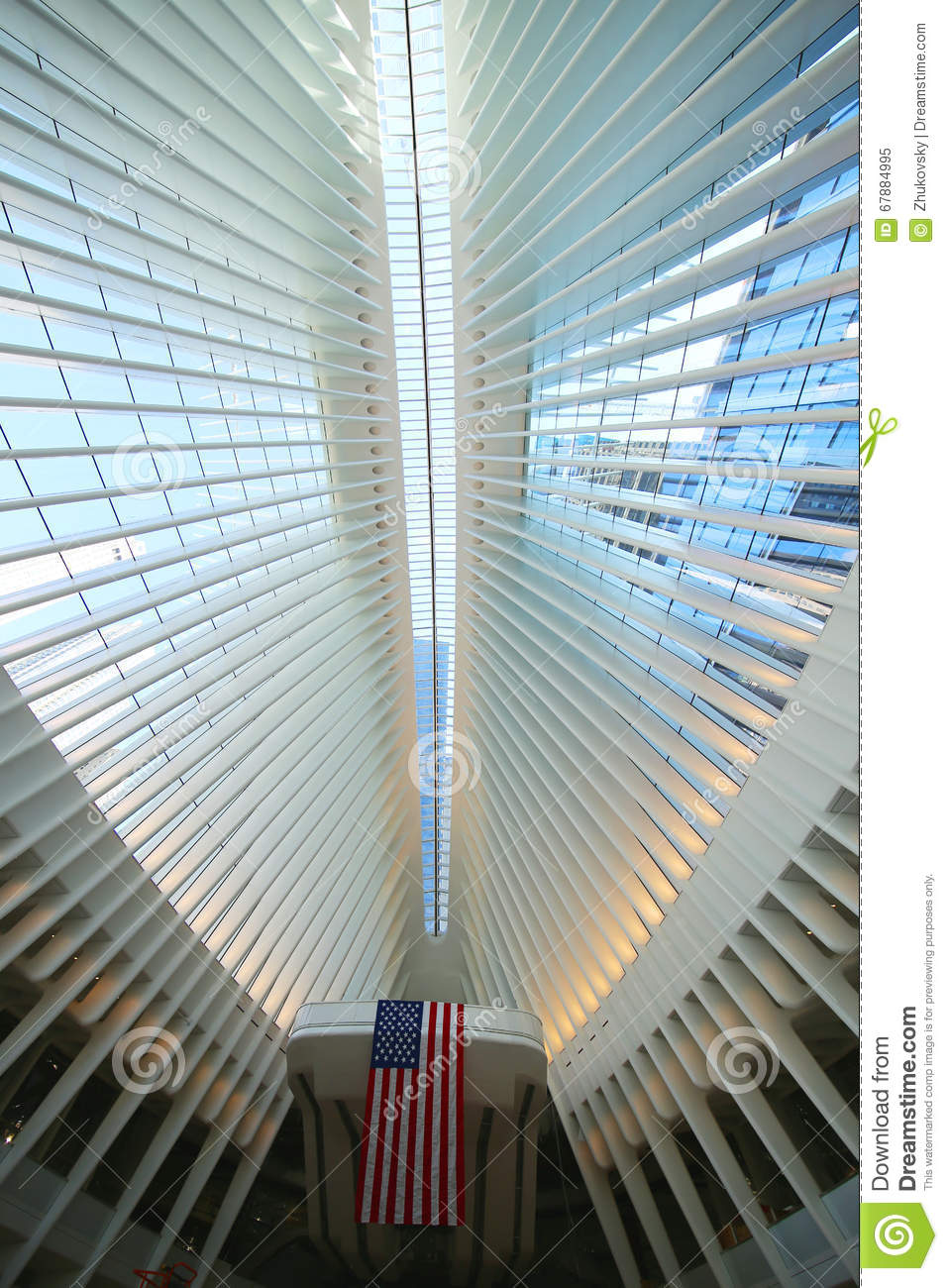 Oculus world trade center transportation hub in nyc for Interieur world trade center