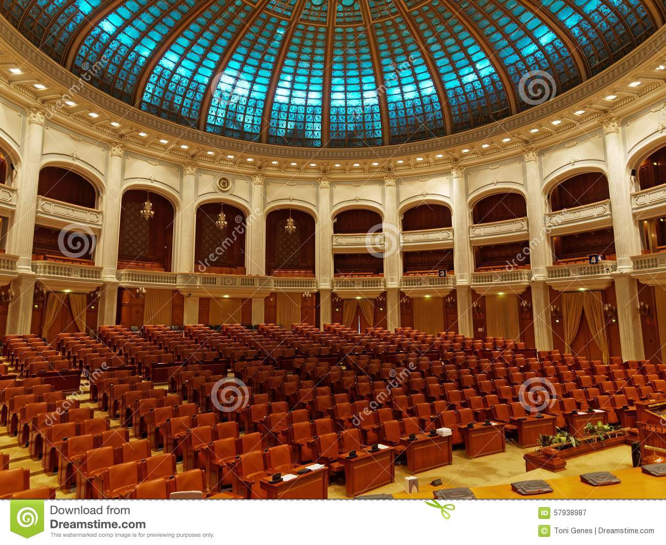 Inside of parliament house in bucharest romania chamber for Inside interieur