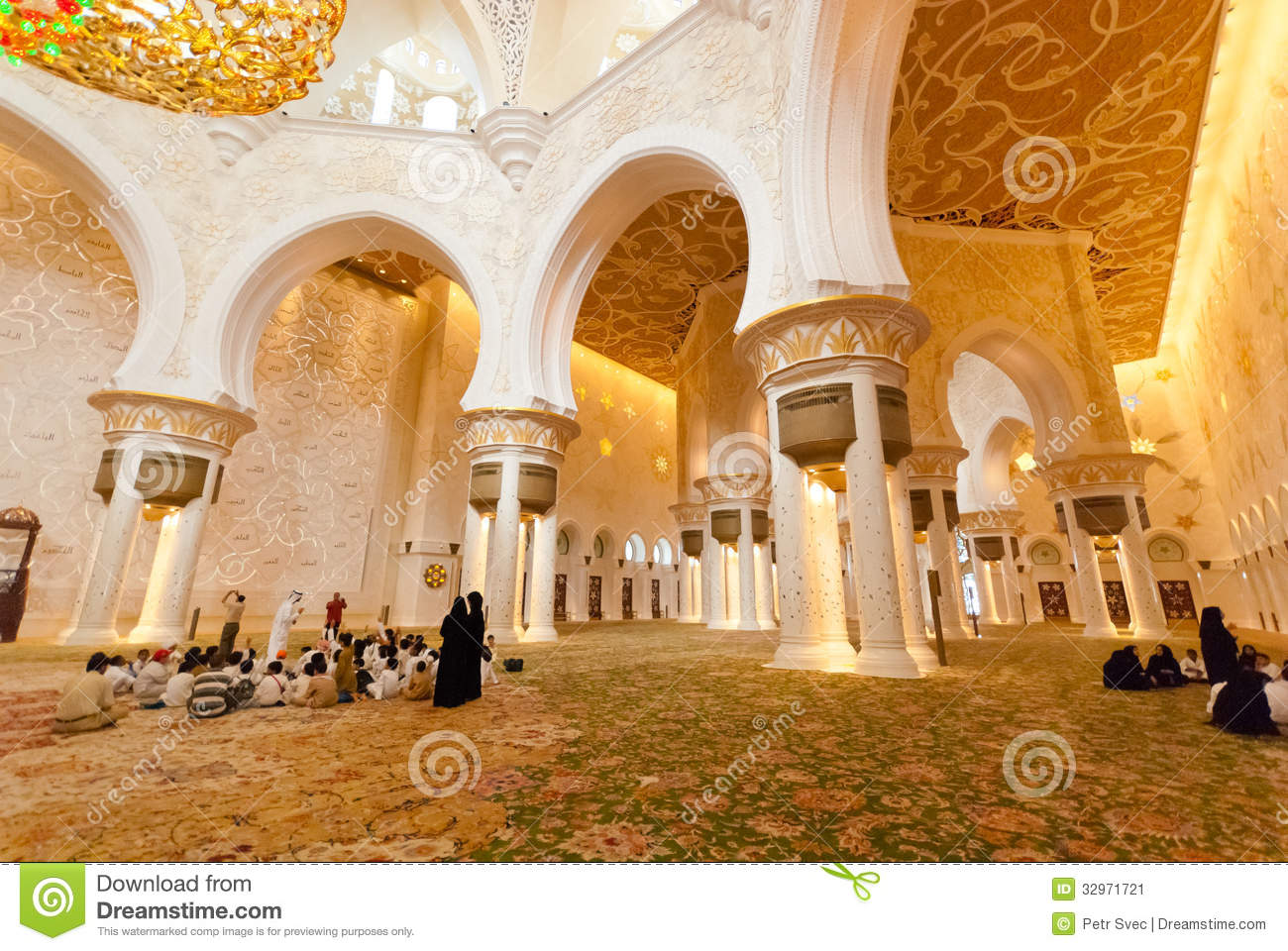 Inside the sheikh zayed grand mosque editorial photo for Al manzool decoration abu dhabi