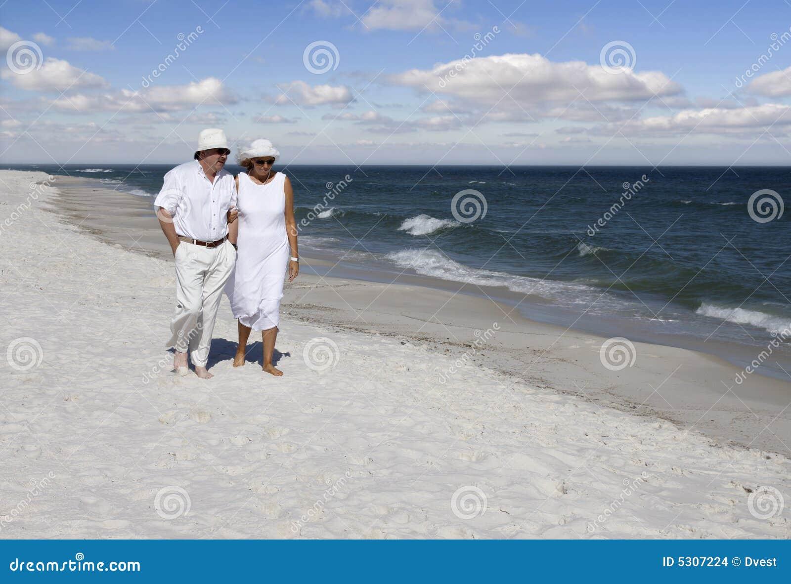 Download Insieme fotografia stock. Immagine di uomini, giorno, adulti - 5307224