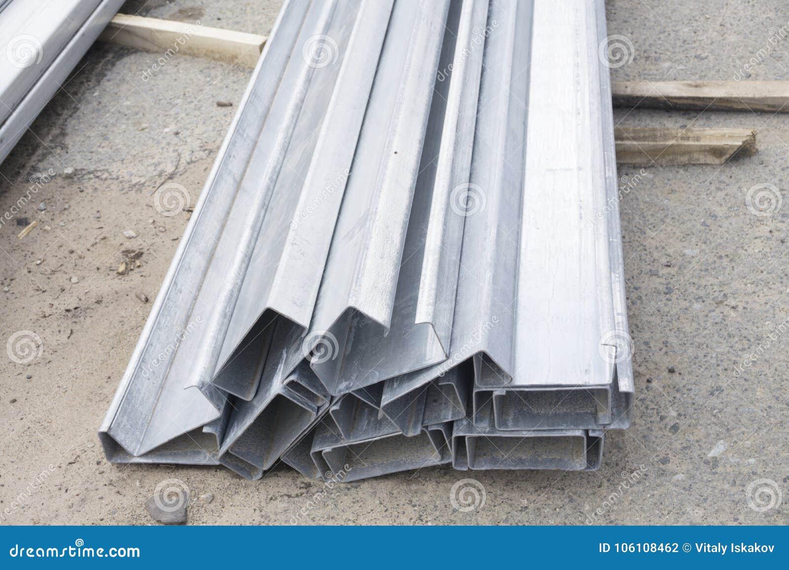 Profili d acciaio stock photos royalty free stock images - Profili acciaio per piastrelle prezzi ...