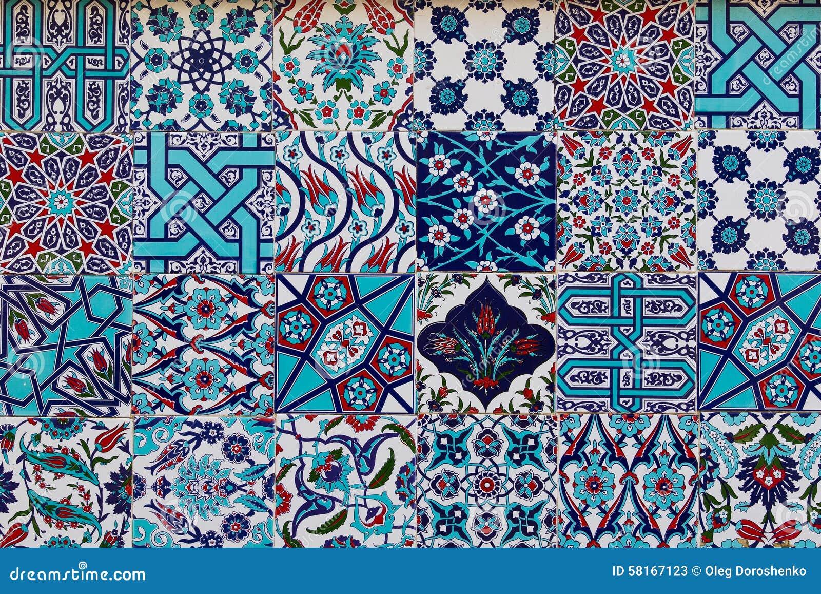 Insieme delle piastrelle di ceramica turche tradizionali immagine