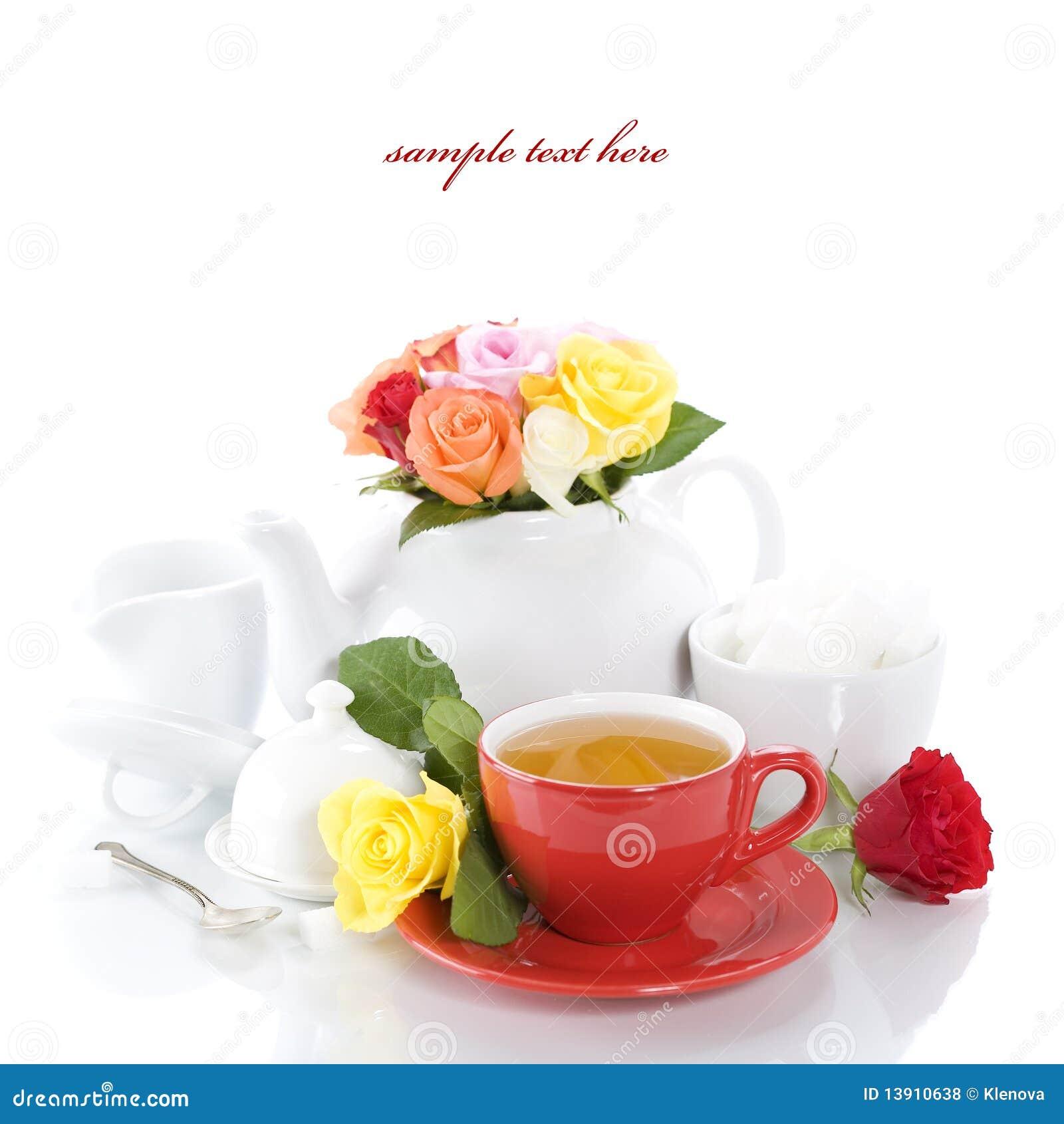 Insieme di tè con le rose