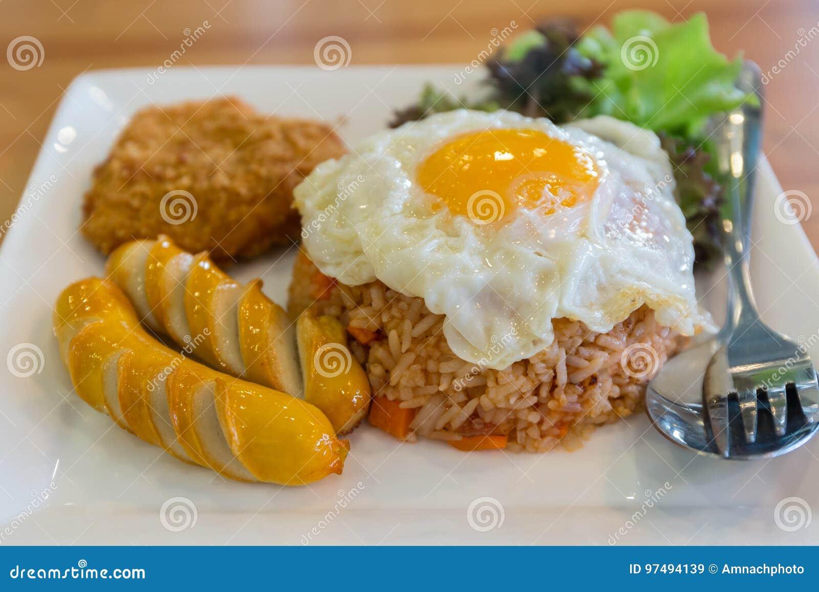 Insieme stile americano della prima colazione