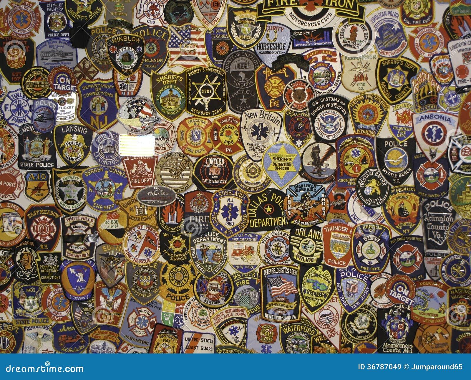 Insignias y remiendos de la policía