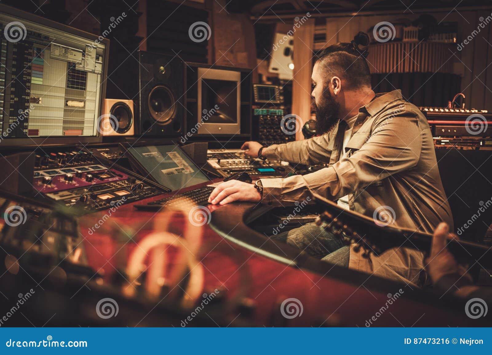 Inspelningsång för solid tekniker och gitarristi boutiqueinspelningstudio