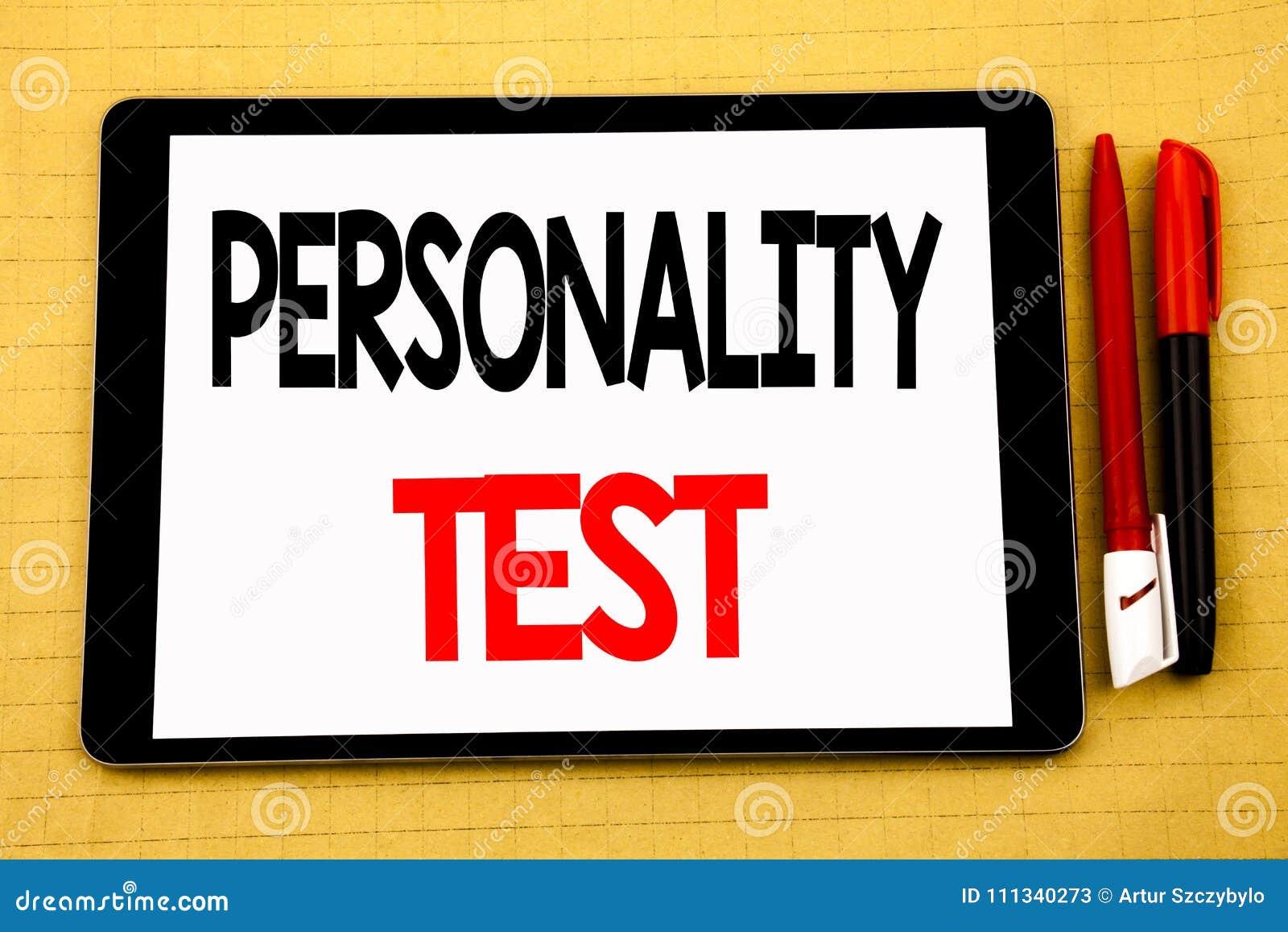 Inspiração conceptual do subtítulo do texto da escrita que mostra o conceito do negócio do teste de personalidade para a avaliaçã
