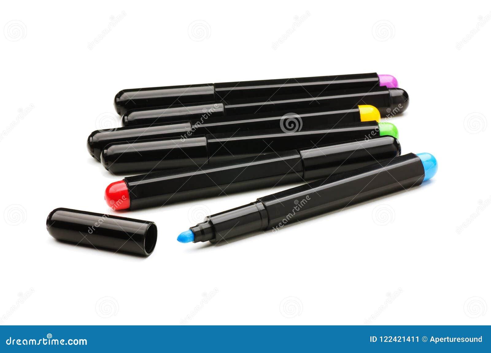 Inställda färgrika markörer