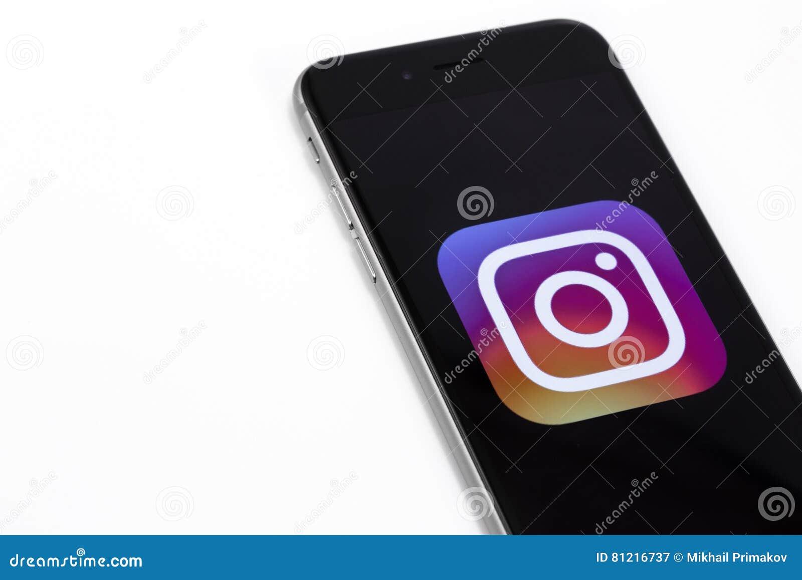 Instagram商标在苹果计算机iPhone 6s的 Instagram是最大和m