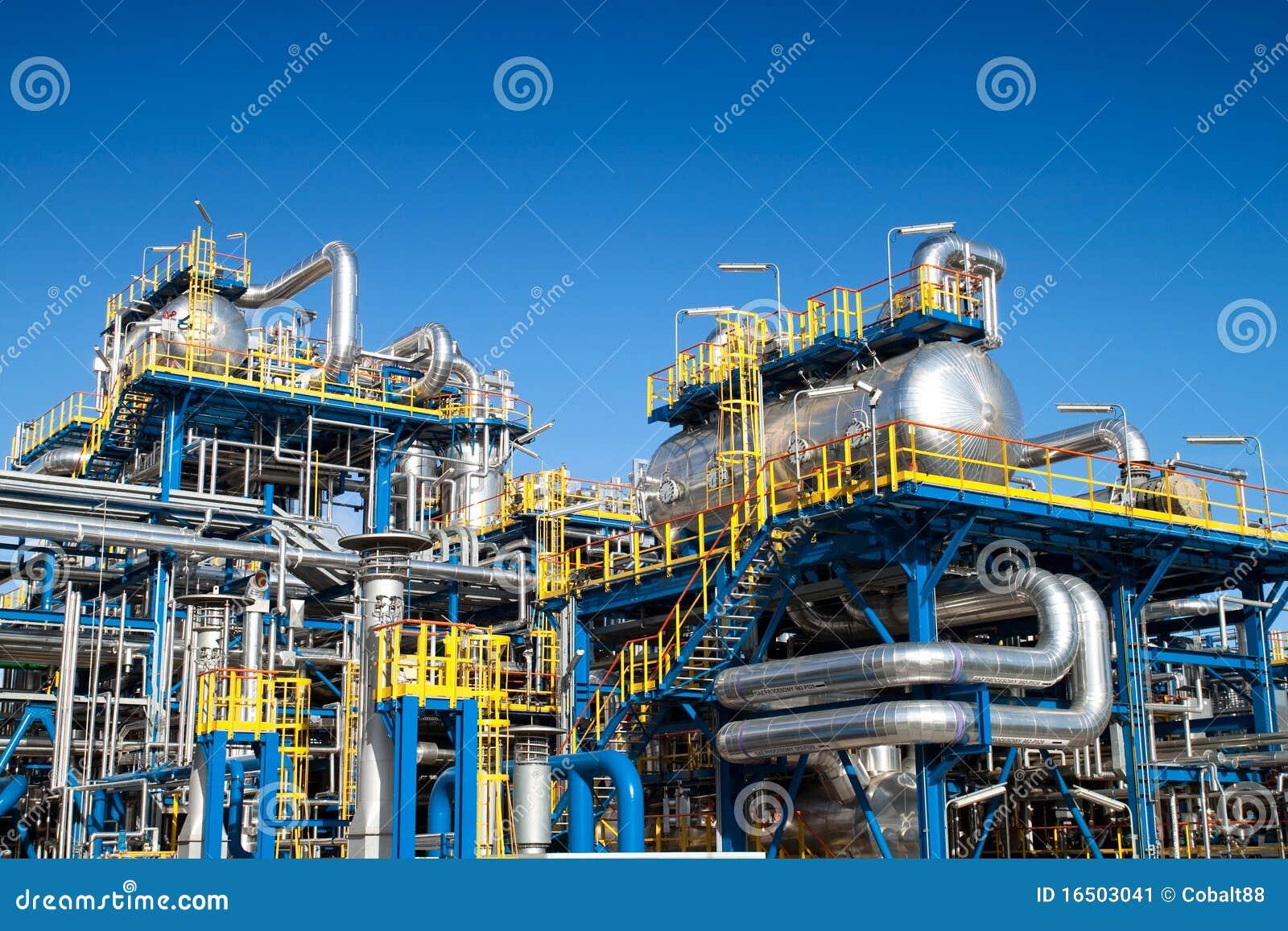 Instalación de equipo de la industria de petróleo