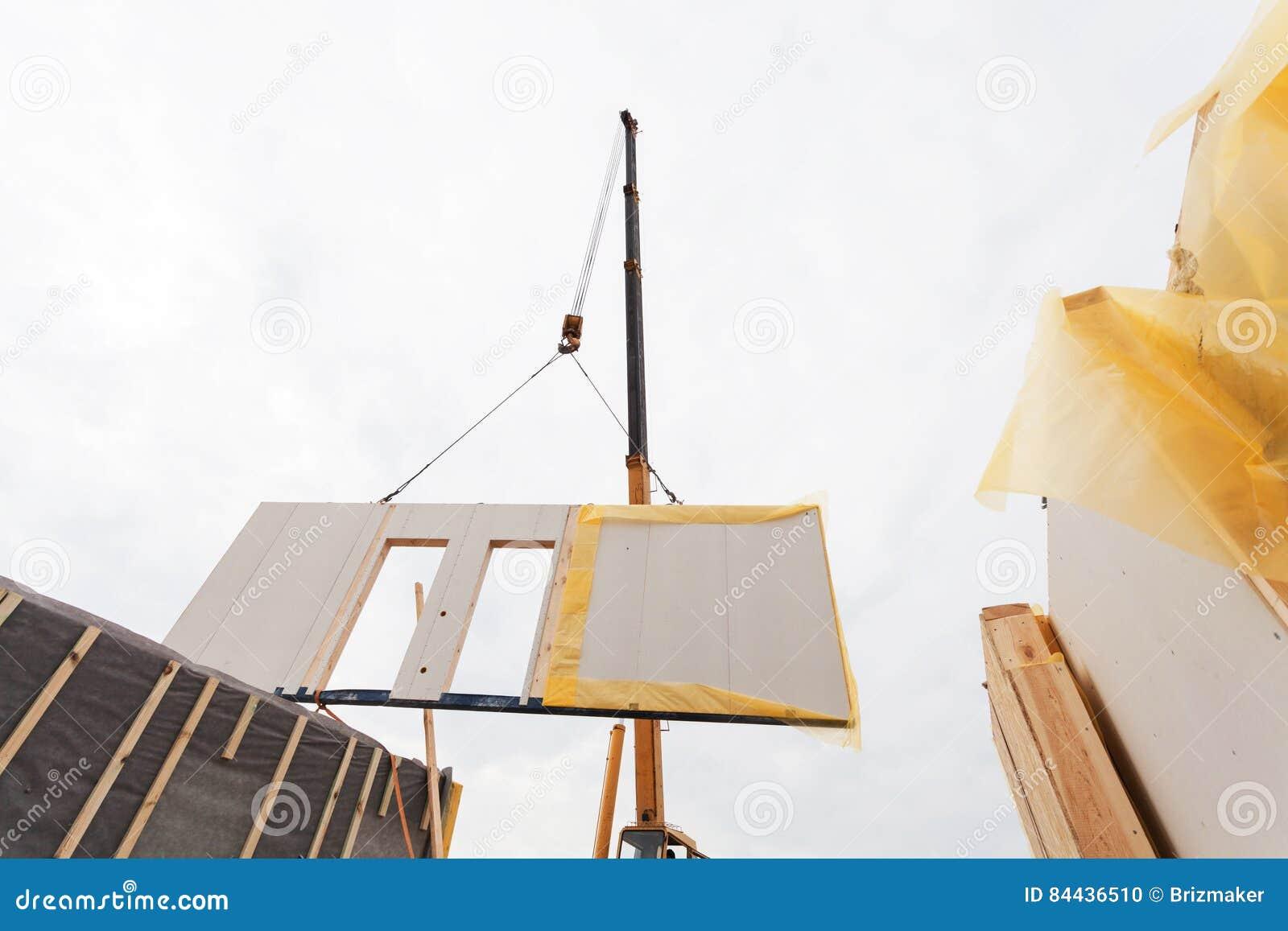 Instalación Del SORBO Aislado Estructural De Los Paneles Casa ...