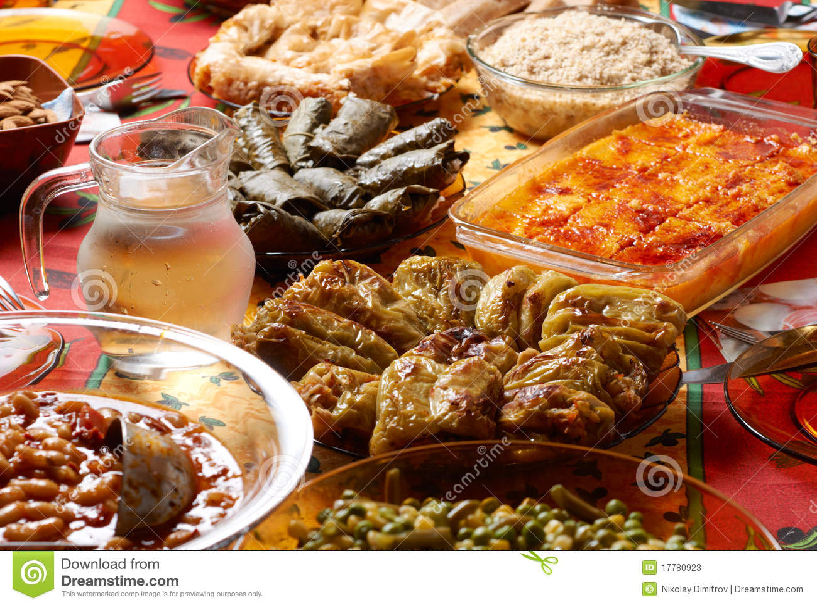 Installation bulgare de table de no l photos stock image - Table de noel traditionnelle ...
