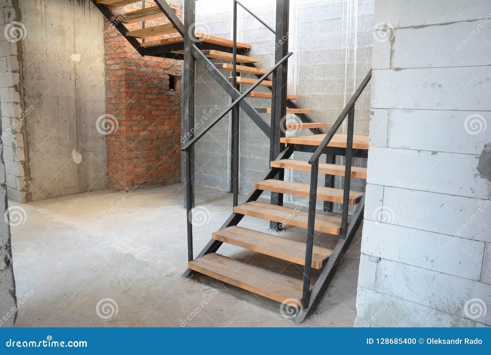 Escalier Dans La Maison installation d'étapes de chambre nouvelles étapes de