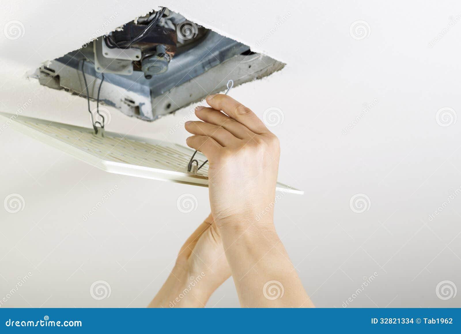 comment installer les couvertures de registre de plinthe