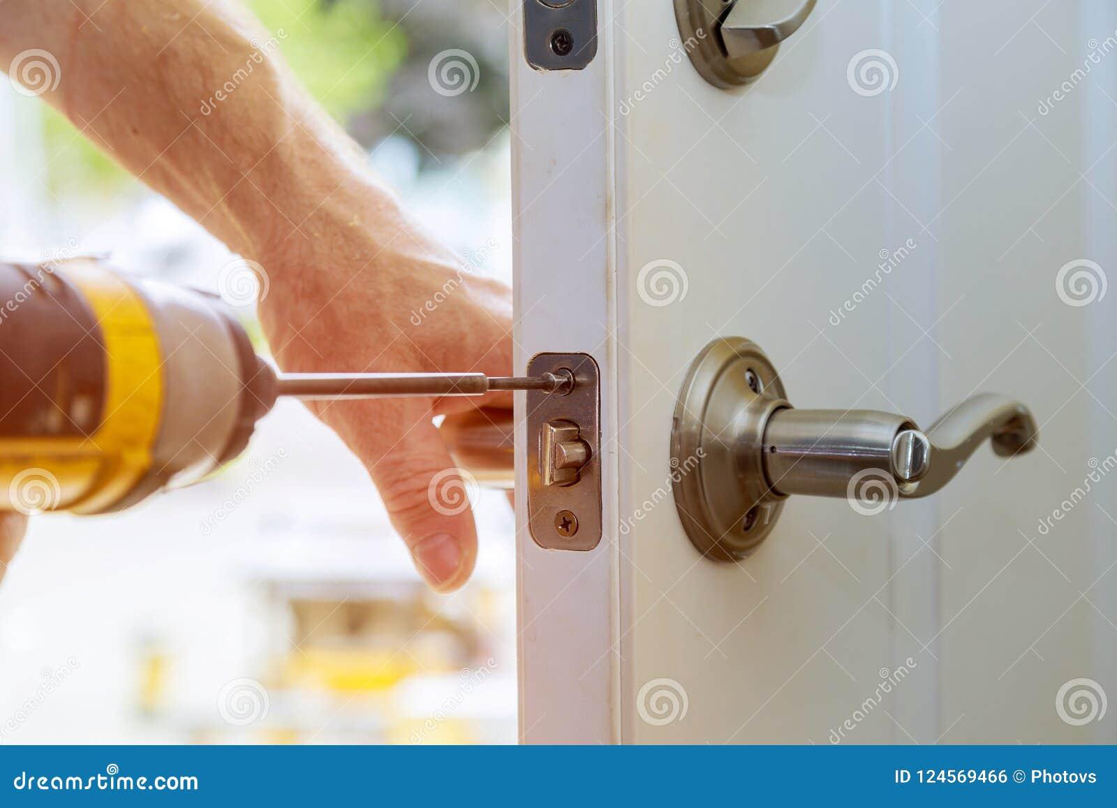 Install An Interior Door Lock Decoratingspecial Com
